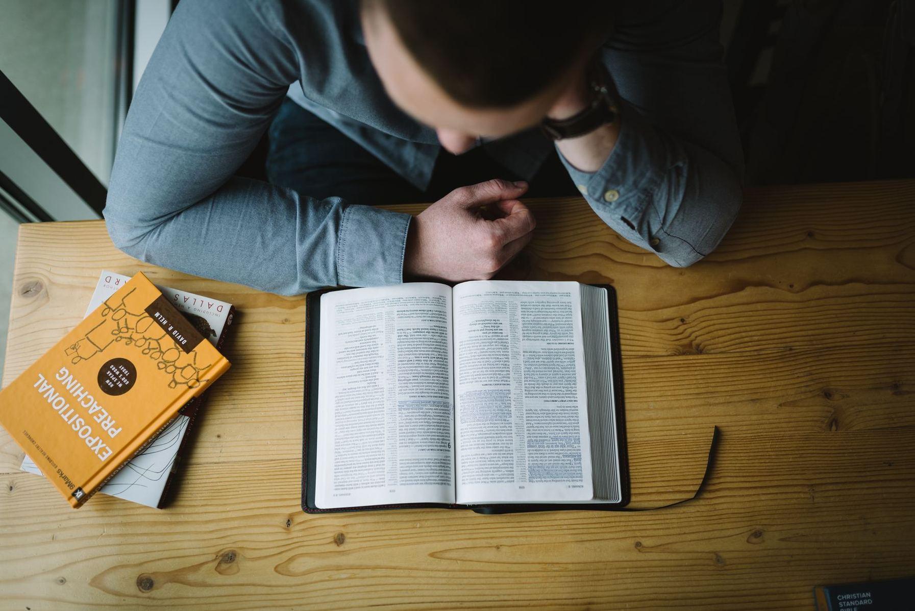 5 questions pour évaluer votre capacité à enseigner la Bible