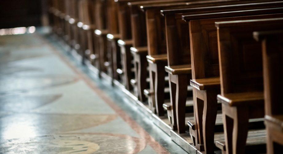 Covid-19 : les Églises doivent-elles opter pour la désobéissance civile, face aux mesures restrictives ?